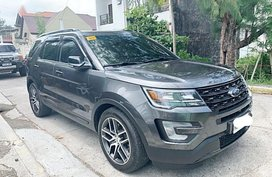 Sell 2nd Hand 2016 Ford Explorer at 15000 km in Bacoor