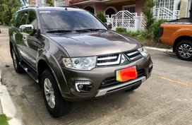 Sell 2nd Hand 2015 Mitsubishi Montero Sport Automatic Diesel at 44000 km in Parañaque