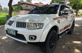 Sell 2nd Hand 2011 Mitsubishi Montero Sport Automatic Diesel at 70000 km in Las Piñas