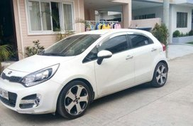 2nd Hand Kia Rio 2014 Hatchback Automatic Gasoline for sale in Talisay