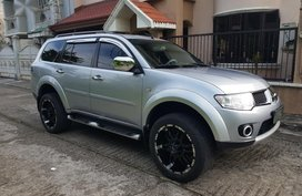 Selling 2nd Hand Mitsubishi Montero Sport 2012 Automatic Diesel at 60000 km in Cainta