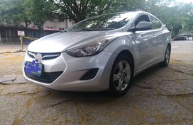 Selling Silver 2013 Hyundai Elantra in Valenzuela