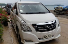 Selling 2nd Hand Hyundai Starex 2015 at 60000 km in Parañaque
