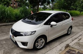 Selling 2nd Hand Honda Jazz 2016 Automatic Gasoline at 20000 km in Quezon City
