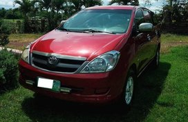 Selling 2nd Hand Toyota Innova 2005 Manual Gasoline at 130000 km in Rosario