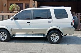 2nd Hand Isuzu Crosswind 2010 Automatic Diesel for sale in Meycauayan