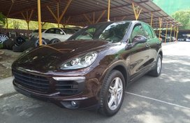 2nd Hand Porsche Cayenne 2017 for sale in Makati