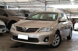 Selling 2nd Hand Toyota Corolla Altis 2012 at 74000 km in Makati