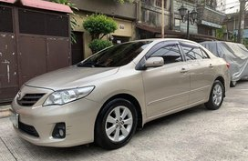 2nd Hand Toyota Corolla Altis 2012 at 60000 km for sale in Manila