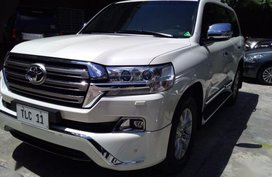2nd Hand Toyota Land Cruiser 2017 Automatic Diesel for sale in Quezon City
