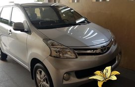 Selling 2nd Hand Toyota Avanza 2014 Automatic Gasoline at 70000 km in Manila
