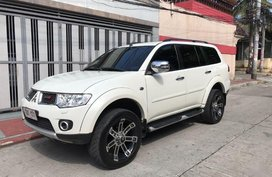 Sell 2nd Hand 2013 Mitsubishi Montero Automatic Diesel at 50000 km in Manila