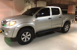 2nd Hand Toyota Hilux 2010 at 80000 km for sale in Taguig
