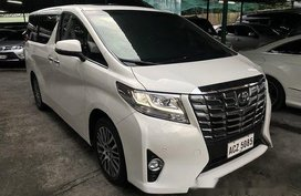 Pearl White Toyota Alphard 2016 at 15000 km for sale