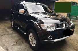 Sell 2nd Hand 2011 Mitsubishi Montero Sport Automatic Diesel at 69000 km in Caloocan