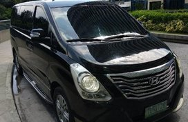 Selling Hyundai Grand Starex 2012 Automatic Diesel in Makati