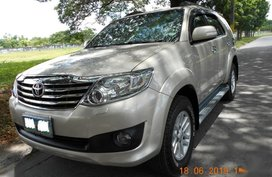 2nd Hand Toyota Fortuner 2012 at 50000 km for sale in Angeles