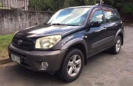 Selling Toyota Rav4 2004 Automatic Gasoline in Manila