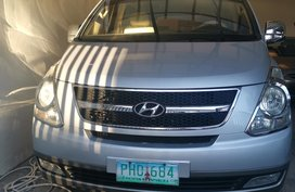 Selling 2010 Hyundai Grand Starex Automatic Diesel