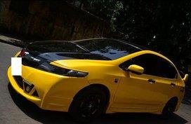 Selling Yellow 2006 Honda City in Makati