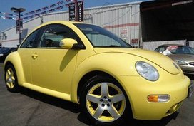 Selling Yellow 2005 Volkswagen Beetle at 44000 km