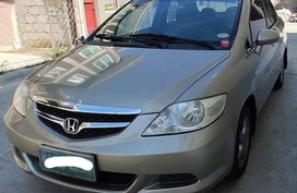 Selling 2nd Hand Honda City 2006 in Biñan