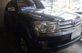 Grey Toyota Fortuner 2011 for sale in Manila