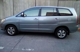 Sell 2nd Hand 2007 Toyota Innova at 111000 km in Pasig