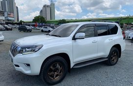 Selling Toyota Land Cruiser Prado 2018 at 5000 km in Pasig