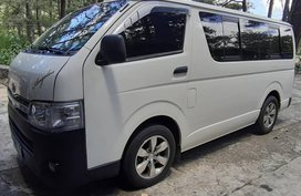 White 2014 Toyota Hiace at 72000 km for sale