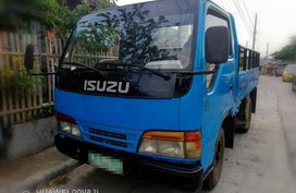 Selling Isuzu Elf 2015 at 10000 km in Davao City