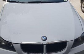 White Bmw 320I 2009 for sale Automatic