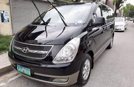 Hyundai Grand Starex 2003 for sale Automatic