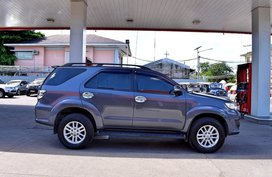 Selling Grey Toyota Fortuner 2013 Automatic Gasoline in Manila