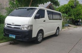 2nd Hand Toyota Hiace 2013 Manual Diesel for sale in Taytay