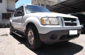 Selling Ford Explorer 2001 at 100000 km in Mandaue