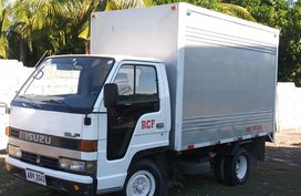 Selling 2nd Hand White Mitsubishi CanterA 2013