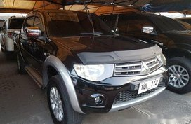 Selling Black Mitsubishi Strada 2012 in Cainta