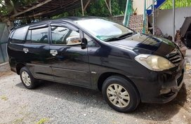 2nd Hand Toyota Innova 2009 Automatic Gasoline for sale in Makati