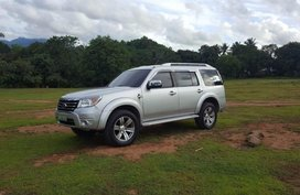 Selling Ford Everest 2011 Automatic Diesel in Santa Rita