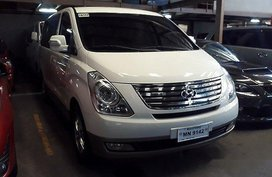 White Hyundai Grand Starex 2015 at 45359 km for sale