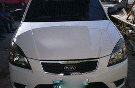White Kia Rio 2010 at 79000 km for sale in Cebu