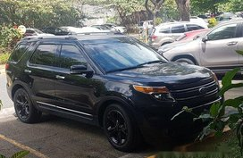 Black Ford Explorer 2014 at 24000 km for sale