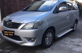 Sell 2nd Hand 2012 Toyota Innova Automatic Diesel in Makati