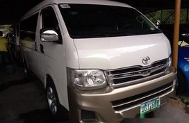 White Toyota Hiace 2012 Manual Gasoline for sale