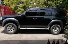 Selling Ford Everest 2010 Automatic Gasoline in Liloan