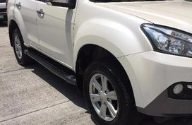 Selling Used Isuzu Mu-X 2017 Automatic Diesel at 40000 km in Pasay