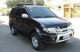 Selling Isuzu Sportivo X 2015 in Quezon City