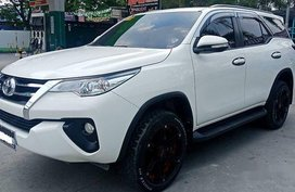 Sell White 2016 Toyota Fortuner Automatic Diesel at 39000 km in Meycauayan