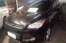 Black Ford Escape 2015 at 33122 km for sale